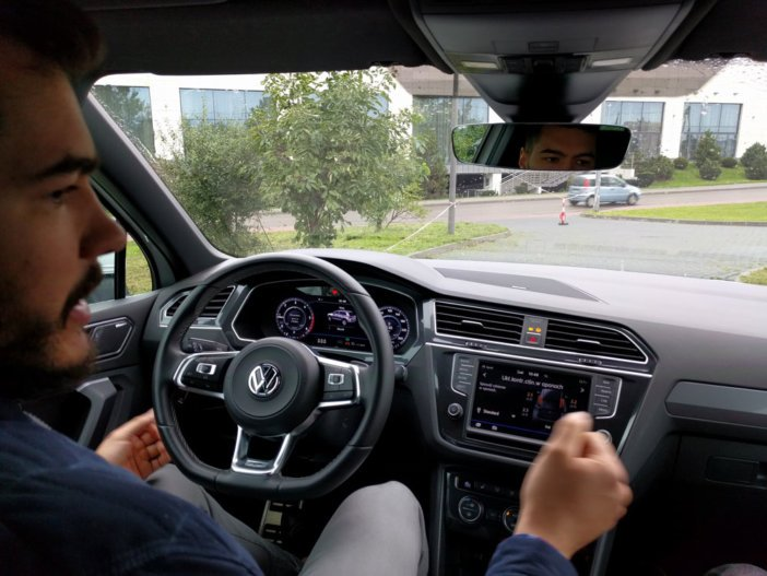 Volkswagen Tiguan i Trailer Assist